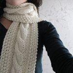 Big, White and Bulky Cable Knit Scarf Pattern