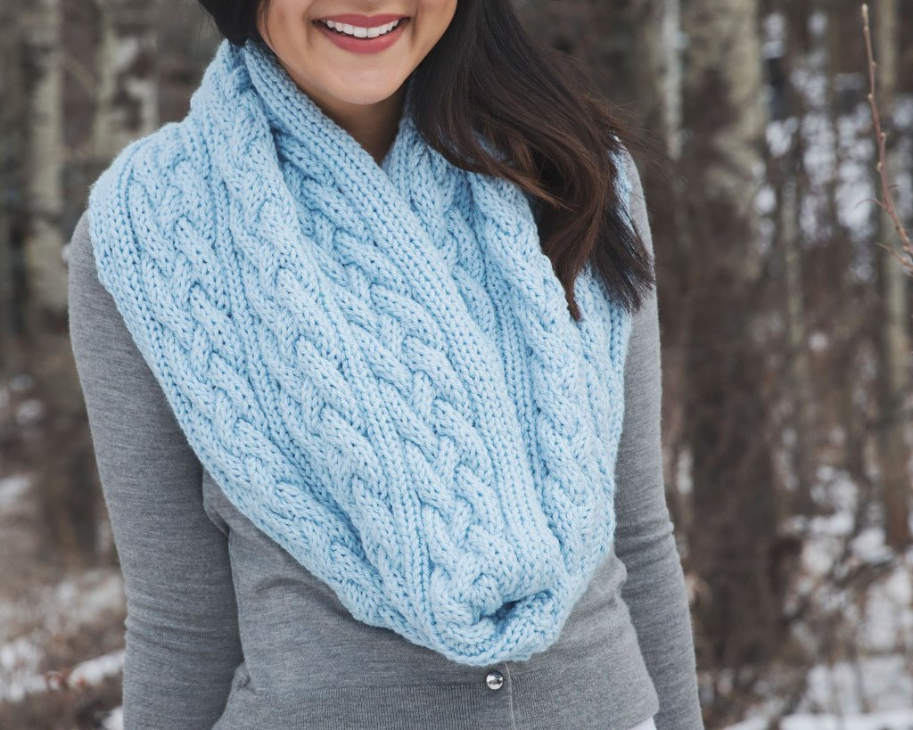 Cable Knit Infinity Scarf Pattern