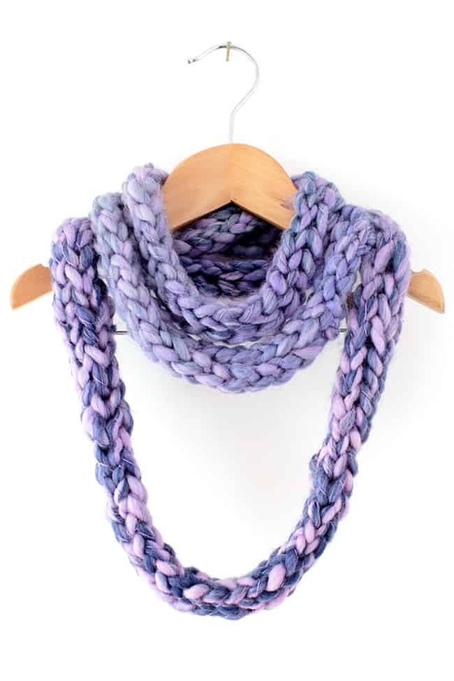 Finger Knitting Infinity Scarf Instructions