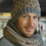 Men's Grey Infinity Scarf Knitting Pattern