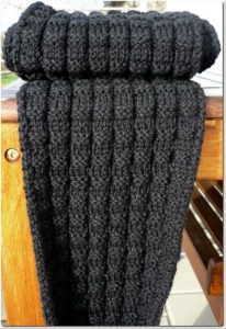 Men's Knit Scarf