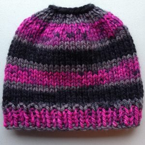 Free Easy Ponytail Beanie Hat Knitting Pattern