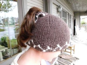 Knitted Ponytail Hat Patterns Free