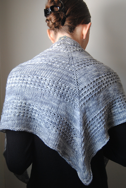 Beginner Splendid Triangle Shawl Knitting Patterns