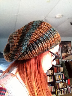 Simple Slouchy Hat Knitting Pattern